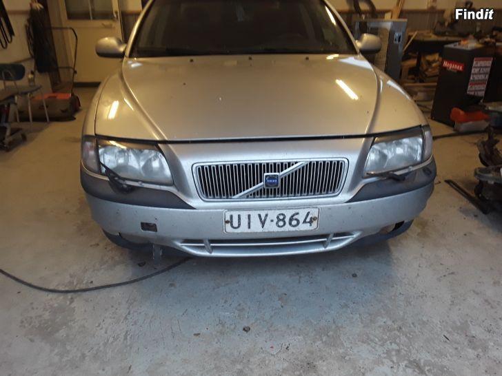 Myydään Volvo s80 3kpl puretaan