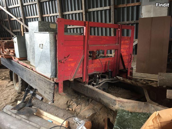 Myydään Traktorin peräkärry