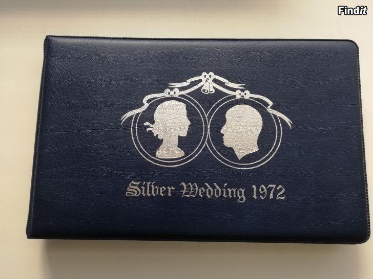 Myydään Silver Wedding 1972. Stamp Album. sis 80 kpl postimerkkejä