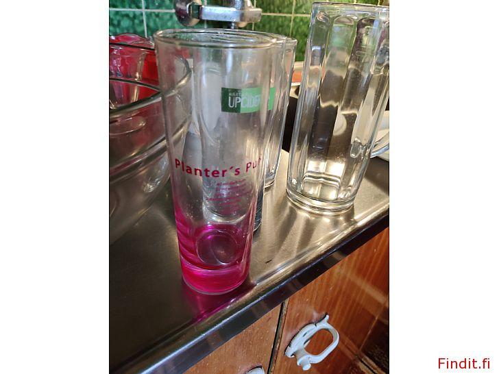 Myydään Glas/muggar