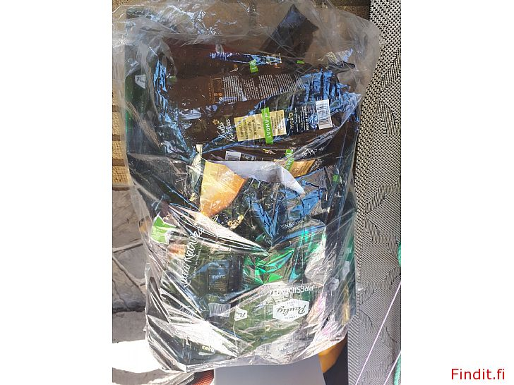 Säljes Plastpåse med 70+ kaffepåsar bytes mot ett kaffepaket