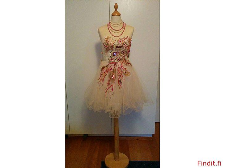 Säljes Grace Karin festklänning