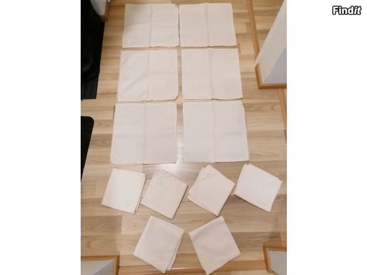 Myydään 12kpl kangas servetit liina sisustus tekstiili