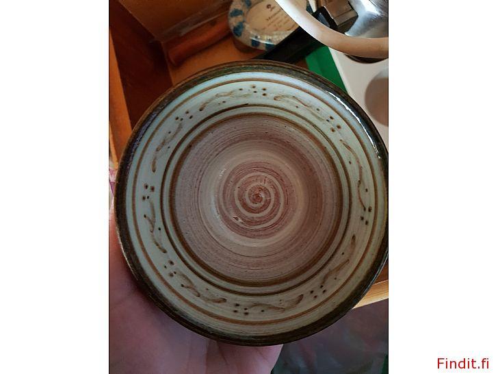 Säljes 3 st keramikskålar från 1991, oanvända