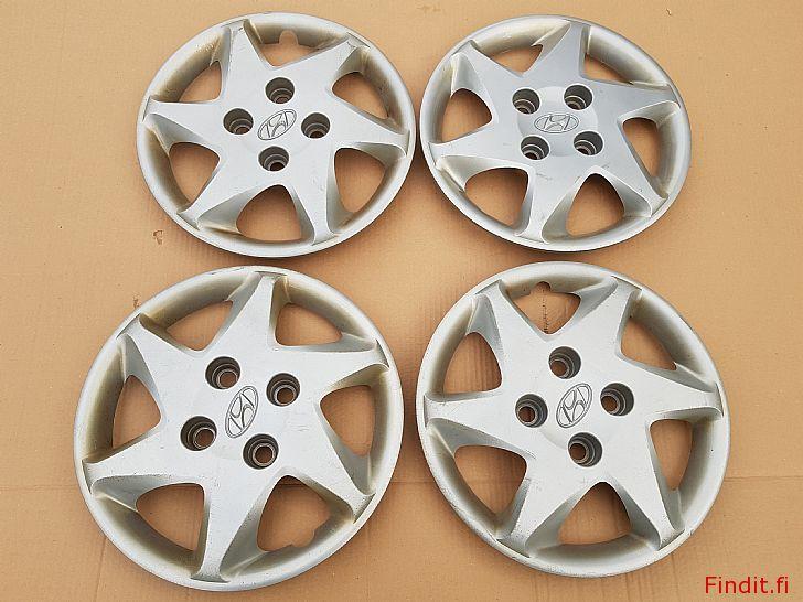 Myydään Hyundai koristekapseli sarja