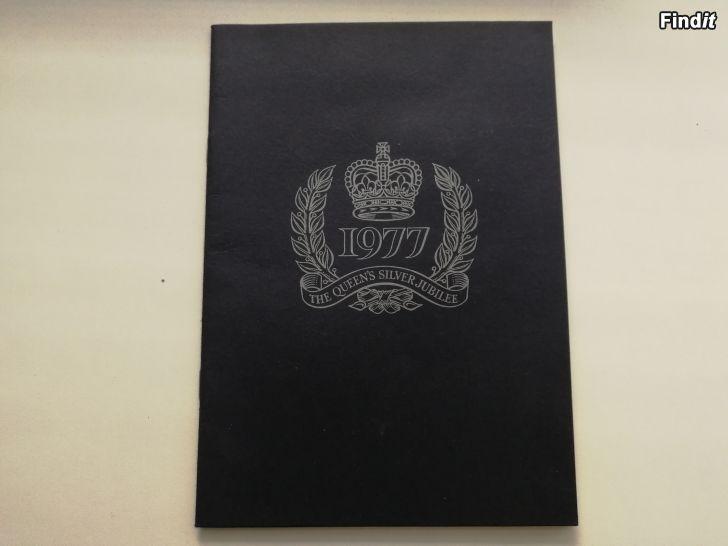 Myydään The Queens silver jubilee 1977, stamp booklet