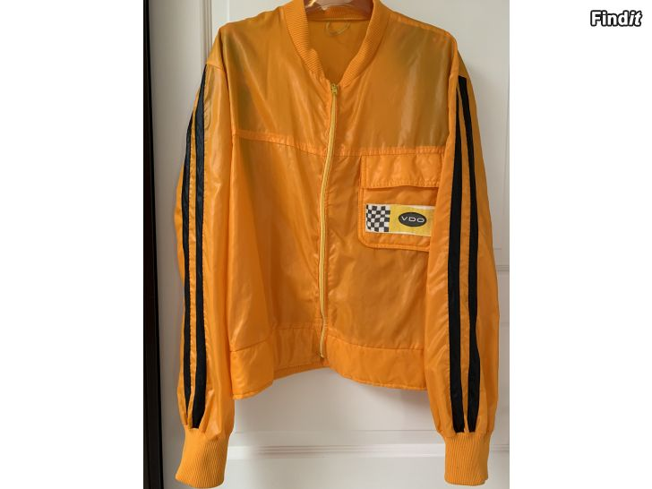 Myydään Retro takki