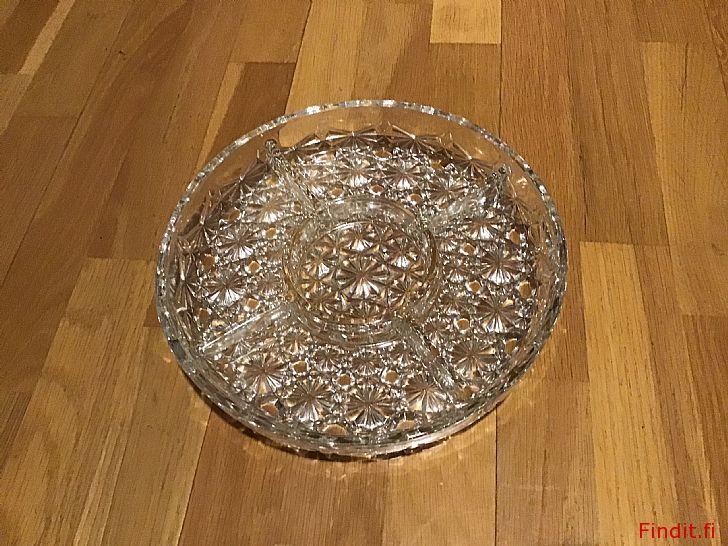 Säljes Vackert kristallfat - 5 snack skålar