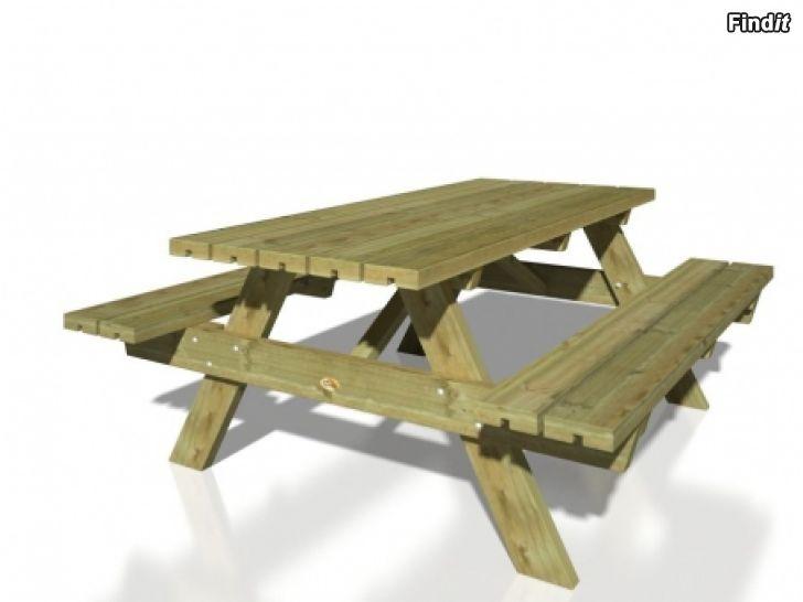 Säljes Stabilt trädgårdsbord och bänkar