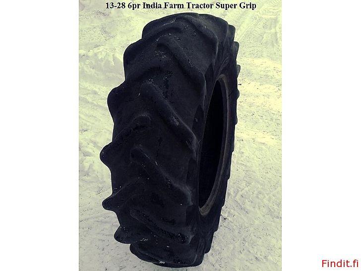 Myydään Traktorin renkaat