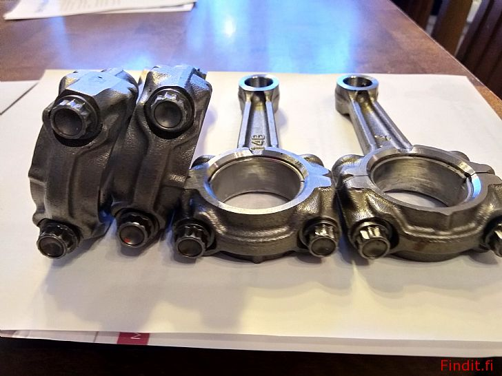 Säljes Yamaha R1 vevstakar