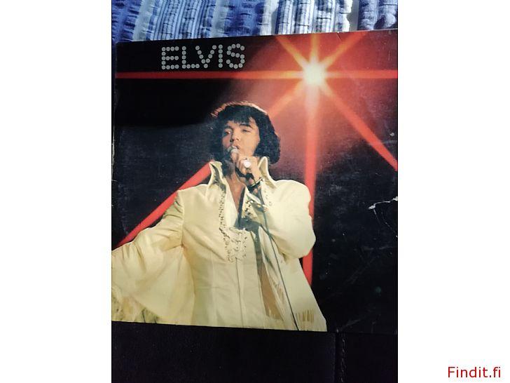 Myydään Elvis lp levyjä