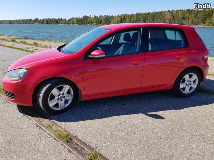 Säljes VW GOLF 6 2.0 TDi - Luftkonditionerad / farthållare m.m