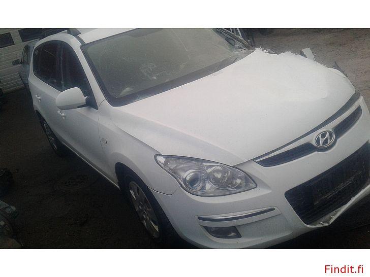 Myydään Hyundai I 30 SW 1,6 CRDi manuaali 2009 varaosina