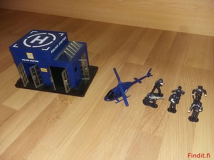 Myydään Poliisiasema helikopteri ja 6 poliisia