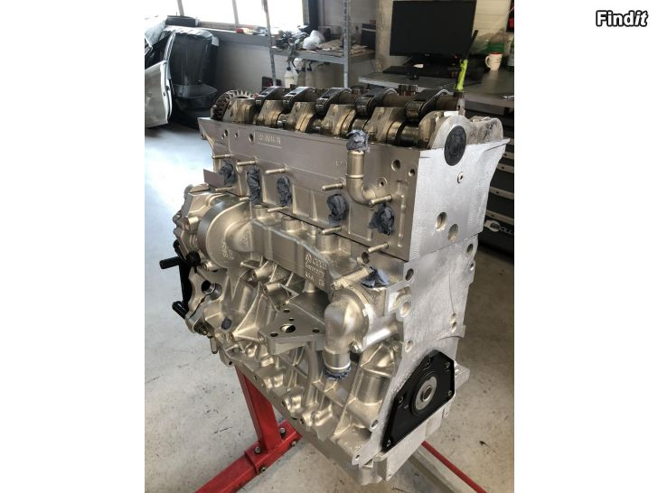 Myydään Volkswagen transporter 2.5tdi BPC Uudelleen rakennettu moottori