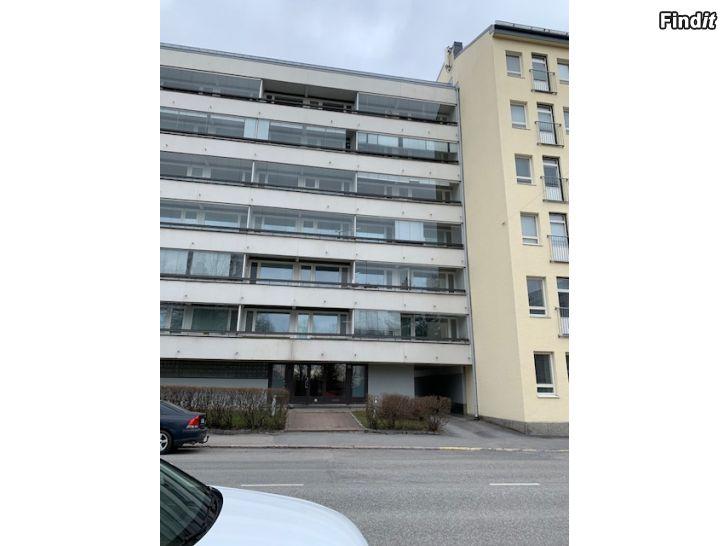Uthyres 3 r o. k + balkong på Skolhusgatan 15-17 uthyres
