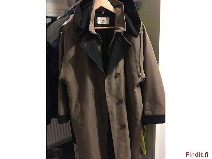Myydään Uudenveroinen Mercin takki 36