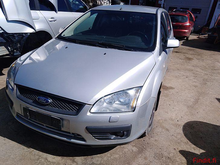 Myydään Ford Focus 1,6 TDci manuaali farmari  2006 varaosina
