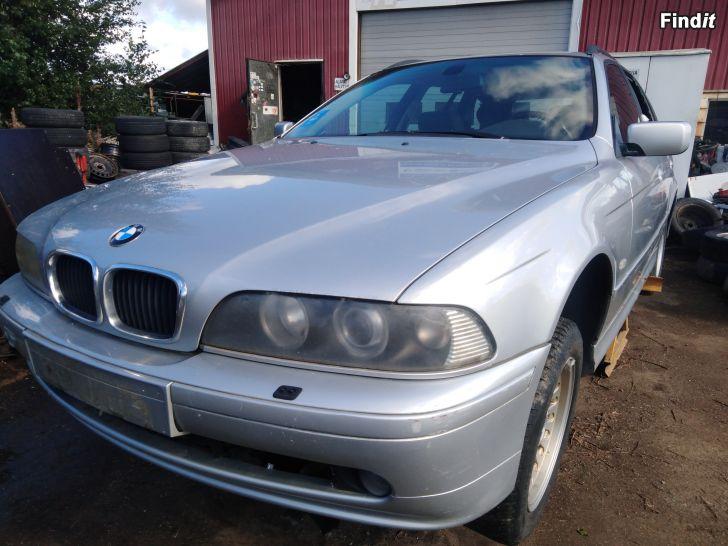 Myydään BMW 530 D automaatti Touring 2001 varaosina