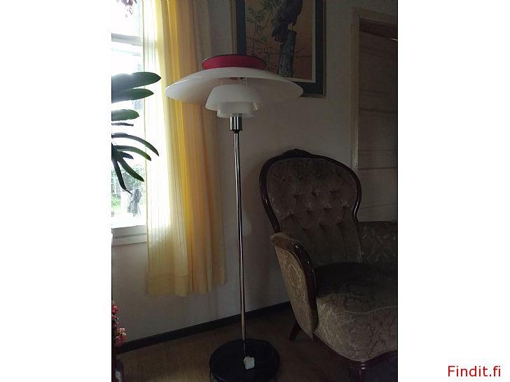 Säljes PH golvlampa